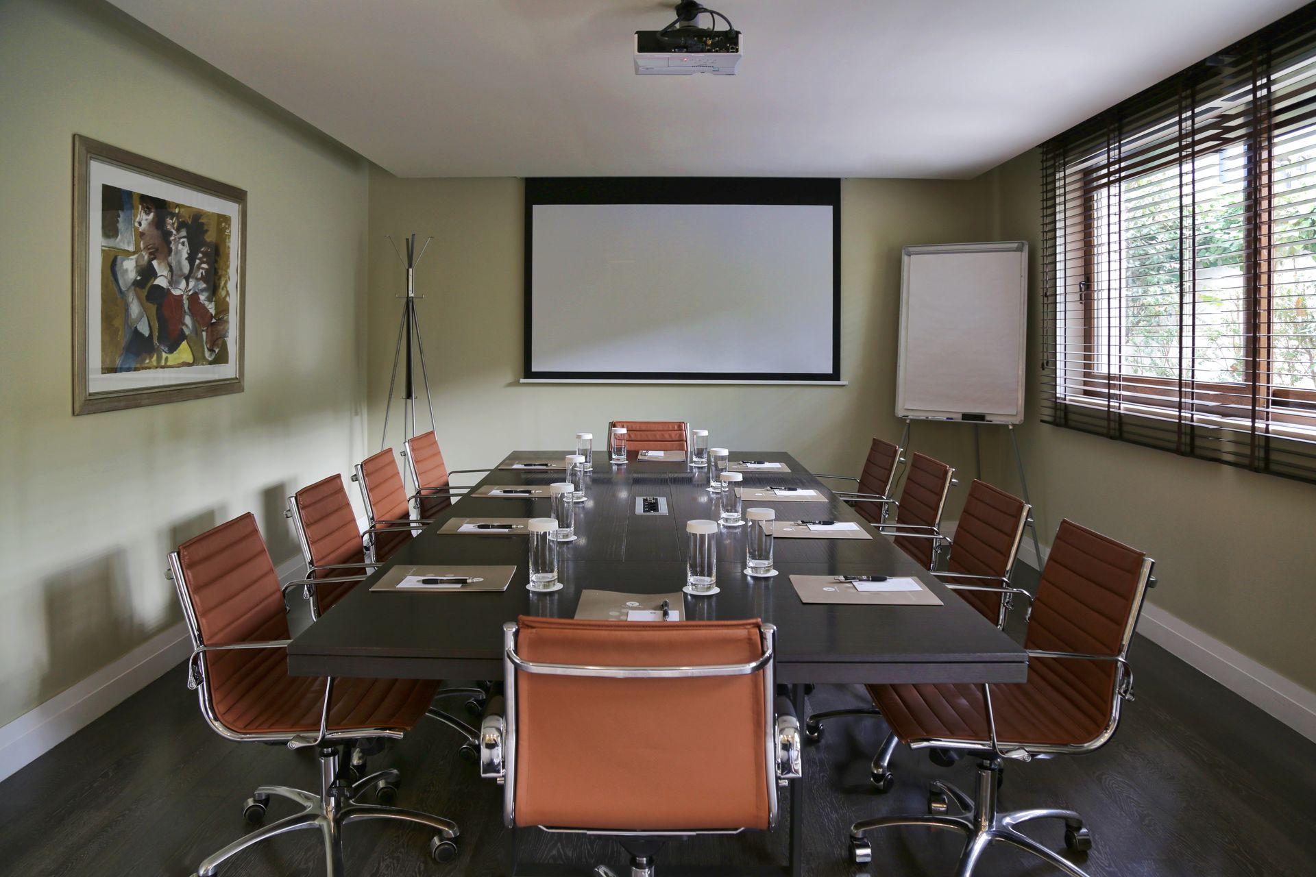 _meeting room 2_resized